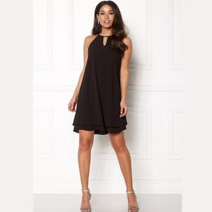 🌟Host Pick🌟🆕ONLY black trapeze dress